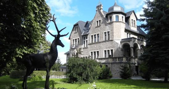 Schlosshotel udefra