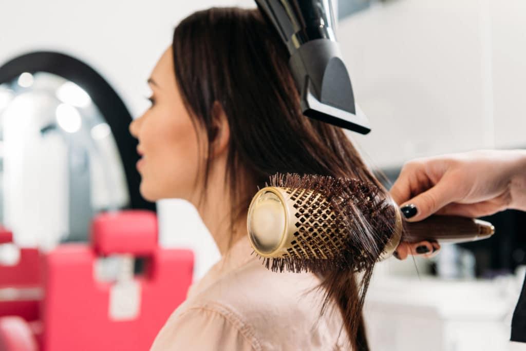 Føntørrer hos frisør