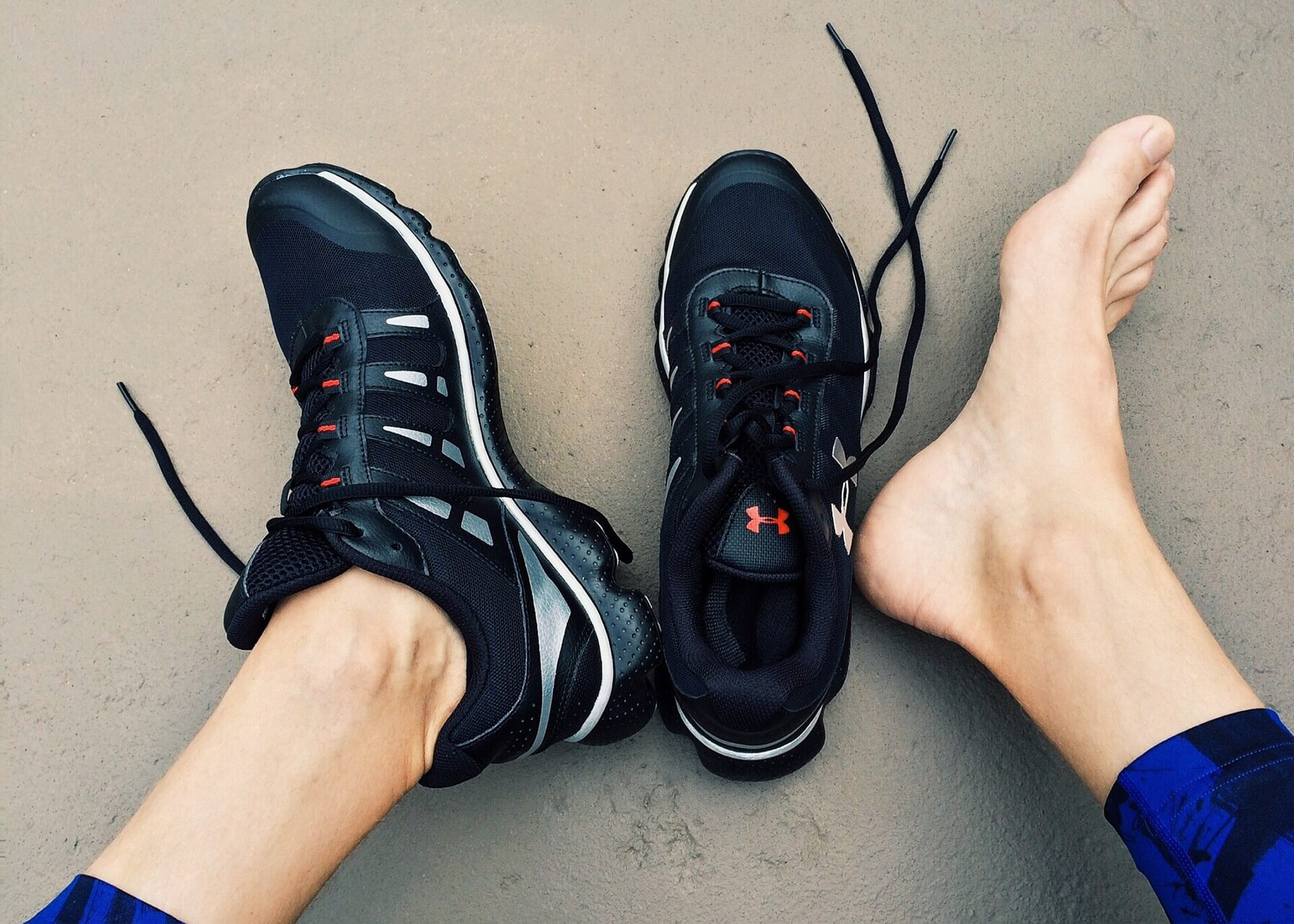 10 Best Running Shoes for Guys With Problem Feet Men's Journal